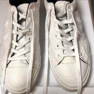 Converse Men's White Sneakers 8 1/2.